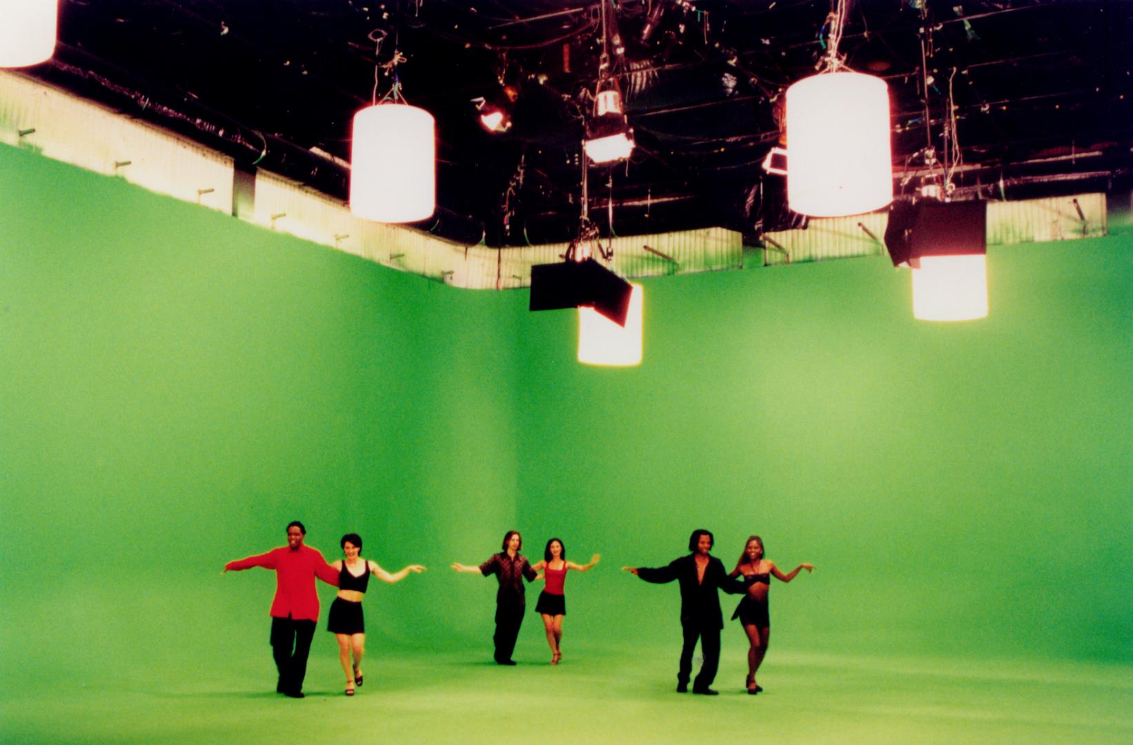Video Tutorial: Using the Green Screen Effect in iMovie   Cosmic